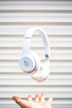 Use Headphones While Writing